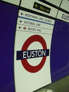 450px-Euston_tube_stn_Northern_Charing_X_branch_roundel
