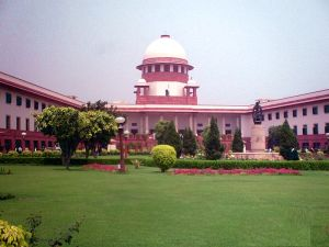 800px-Supreme_Court_of_India_-_200705_(edited)