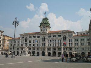 800px-Trieste-Palazzo_del_Comune-IMG_2970